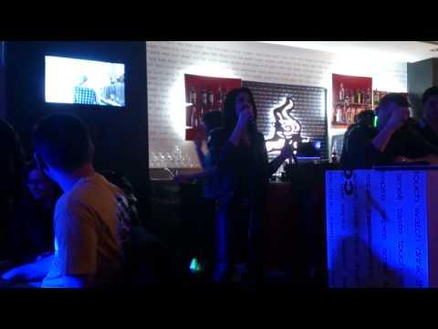 Boldureanu Daniela - Karaoke Graffiti Cafe Palas Mall Iasi