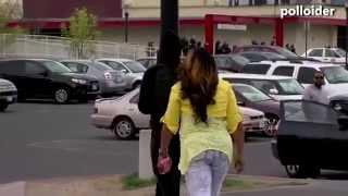 Madre pilla a su hijo en las revueltas de Baltimore y lo manda calentito a casa