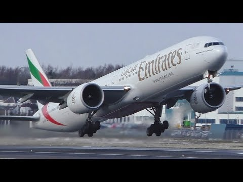 #BeastFromTheEast DIVERT Emirates Boeing 777-300ER Takeoff at Prestwick Airport
