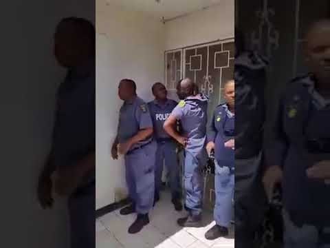 Nigerians fighting with SAPS in Gauteng