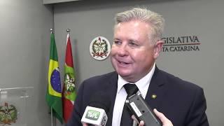 Jornal A Semana e CDL de Curitibanos recebem homenagem na Alesc