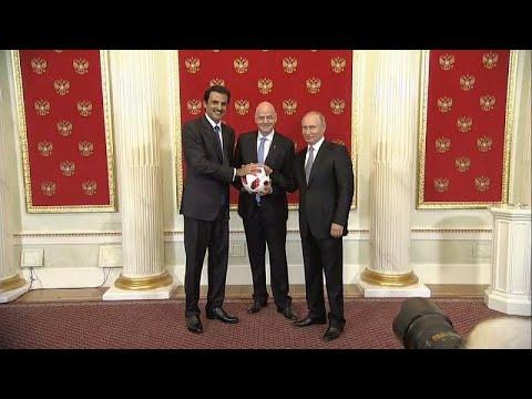 شاهد: أمير قطر يتسلم راية استضافة كأس العالم من بوتين  - نشر قبل 6 ساعة