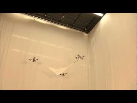 Cooperative Quadrocopter Ball Throwing and Catching - IDSC - ETH Zurich