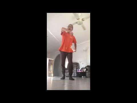 Junior's Dance: Twist My Fingaz (Clean Version) - YG