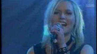 """The Cardigans perform """"My Favourite Game"""" on Hej Fredag! 1998."""