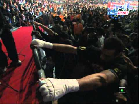 K-1 World GP 2008 Badr Hari vs Remy Bonjasky 06.12.2008 (Yokohama, Japan)