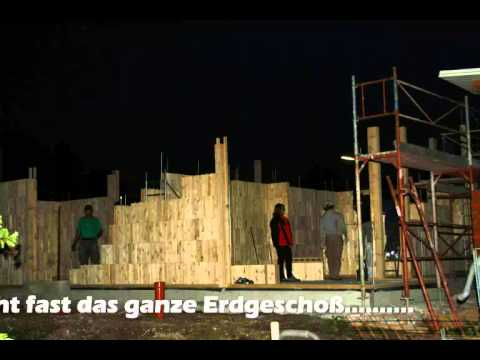 Normstabil holzziegel hausaufbau youtube for Bausatzhaus holz