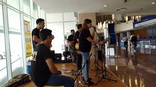 Perfect - Ed Sheeran  live cover by Boey Band @ zenith