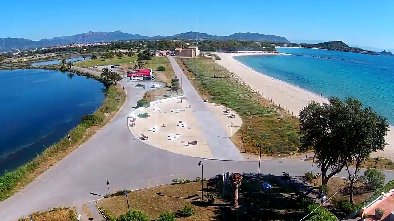 Matrimonio Spiaggia Nora : La spiaggia di nora in un minuto youtube