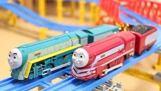 トーマスプラレール コナー&ケイトリン特急きかんしゃセット Thomas the Steam Engine Connor and Caitlyn thumbnail