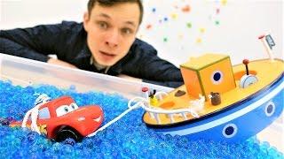 Видео с игрушками: #Маквин (мультфильм Тачки), самолёт и корабль! Кто быстрее? Игры в #машинки.