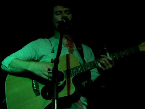 Declan O'Rourke plays live « Just to be friends » with Intro, Frankfurt, July 2010
