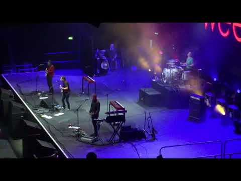 Weezer - The World Has Turned And Left Me Here (Live In London 28/10/17)