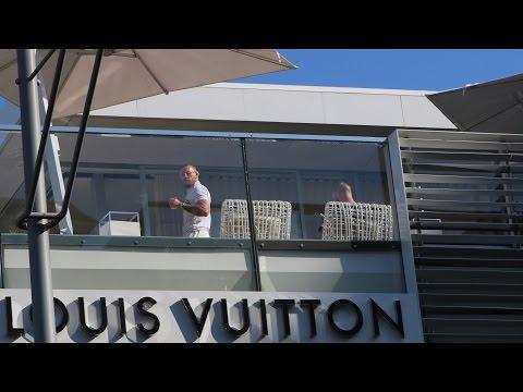 Conor McGregor in L.A!! + Car Spotting. Celebrity sighting #3