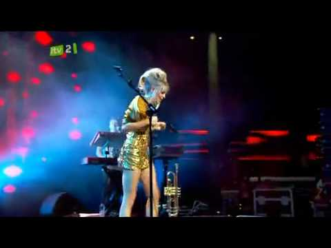 Diana Vickers  The Boy Who Murdered Love iTunes Festival
