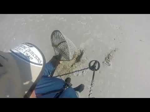 A DAY METAL DETECTING JACKSONVILLE BEACH  11 30 2017