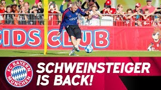 Bastian Schweinsteiger is back at Säbener Straße - Chicago Fire Training | ReLive