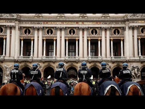 مظاهرات السترات الصفراء في باريس.. -كلاكيت- خامس مرة  - نشر قبل 3 ساعة