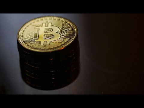 Bitcoin Falls as Chinese Exchange Cracks Down