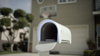 Smartbox by Inbox: the mailbox of tomorrow, today(We're excited to introduce Smartbox—a better, smarter mailbox that fuses physical mail with everything you love about the electronic kind. Smartbox isn't real., 2015-04-01T01:00:28.000Z)
