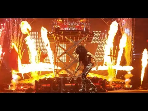 KISS End Of The Road World Tour Portland, OR setlist and full show posted!