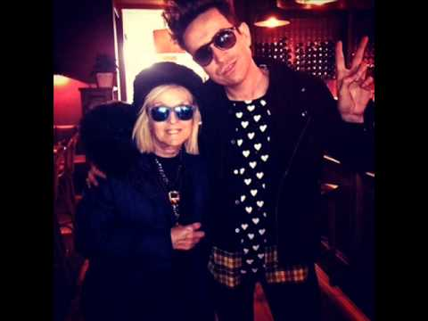 Annie Nightingale interviews Nick Grimshaw