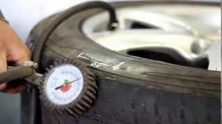 вулканизатор с гибкими эластичными нагревательными элементами(вулканизатор для ремонта боковых порезов шины и удаления грыж., 2013-08-11T04:23:18.000Z)