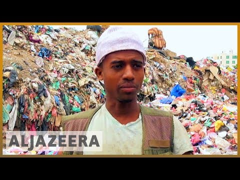 Yemen fuel shortage: health concerns rise as rubbish piles up thumbnail