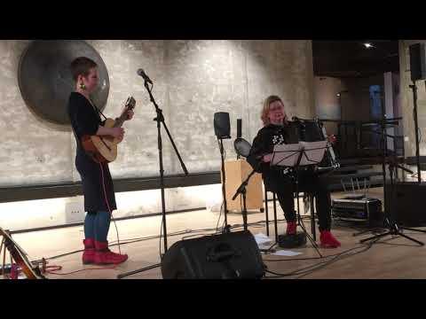 Désirée Saarela & Maria Kalaniemi - Sång till Love