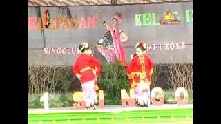 Tari Padang Ulan - SMPN 1 Singojuruh 2012