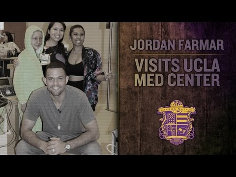 Lakers Guard Jordan Farmar Visits Kids With Cancer At UCLA Medical Center