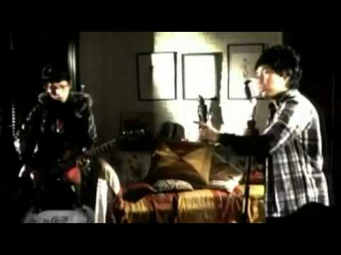 wali band yang penting halal - YouTube.mp4