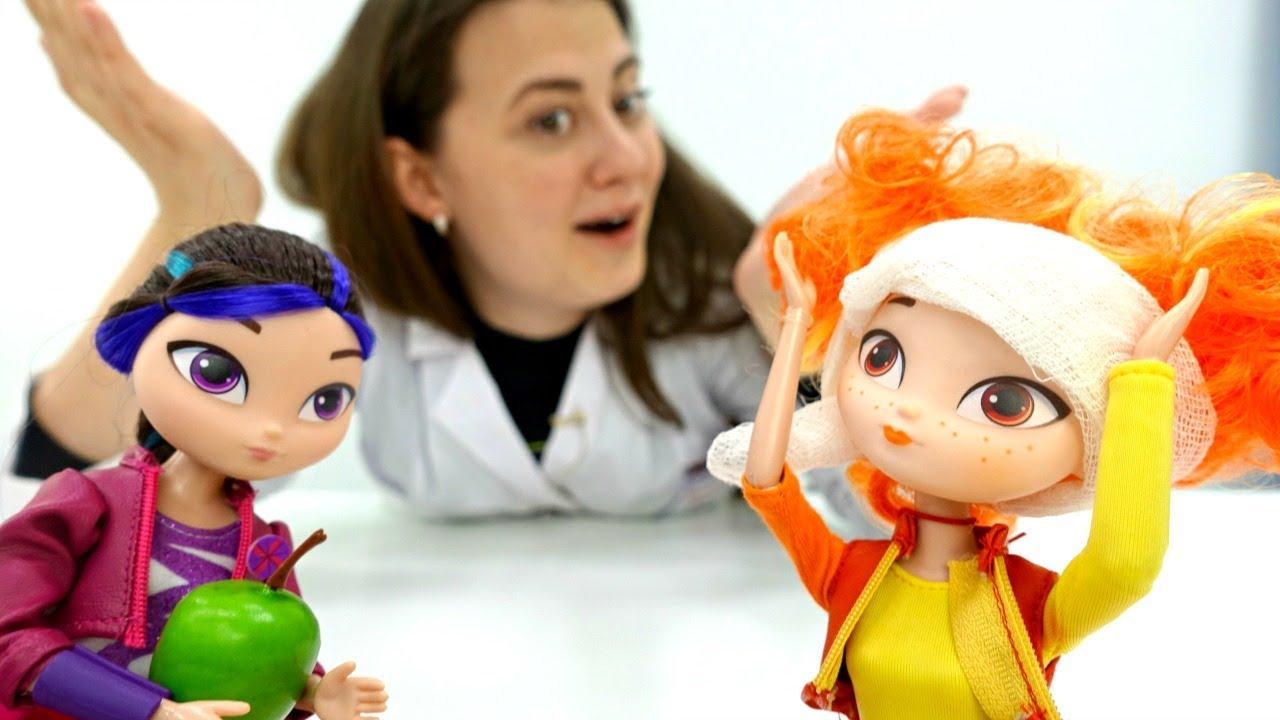 Куклы Сказочный патруль играют в жмурки. Игры для девочек ...