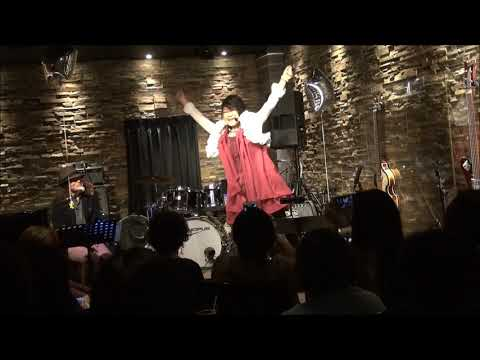僕らの町にやって来た、チョビンは星の王子さま~ 手話もつけて歌われています!