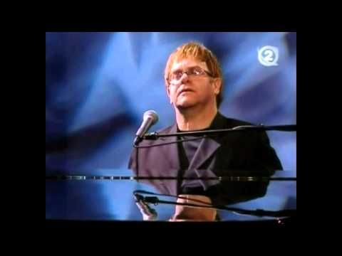Elton John - 2002 - Dubai - Golf And Yacht Club (Full Concert) (HQ)