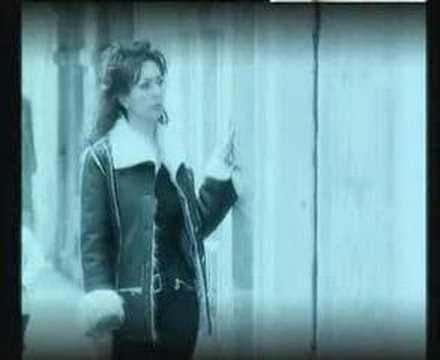 Emilija Kokić MOJA LJUBAVI (official video)