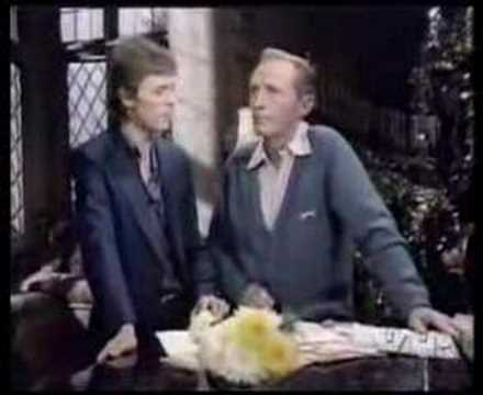 BING CROSBY AND DAVID BOWIE - little drummer boy