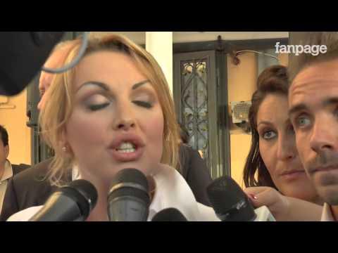 """Francesca Pascale prende tessera Arcigay: """"Le battute di Silvio? Non fanno ridere"""""""