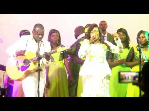 MONINGA MALAMU (Chanté en swahili )