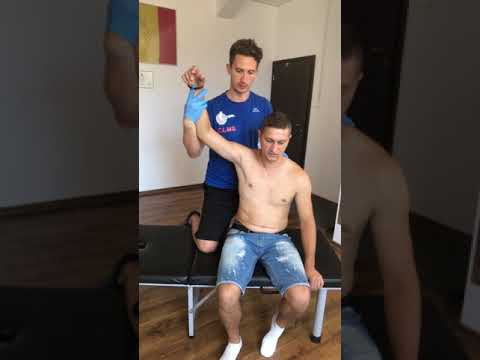 Acromio-clavicular adjustment. Bobit Ionut chiropractor România