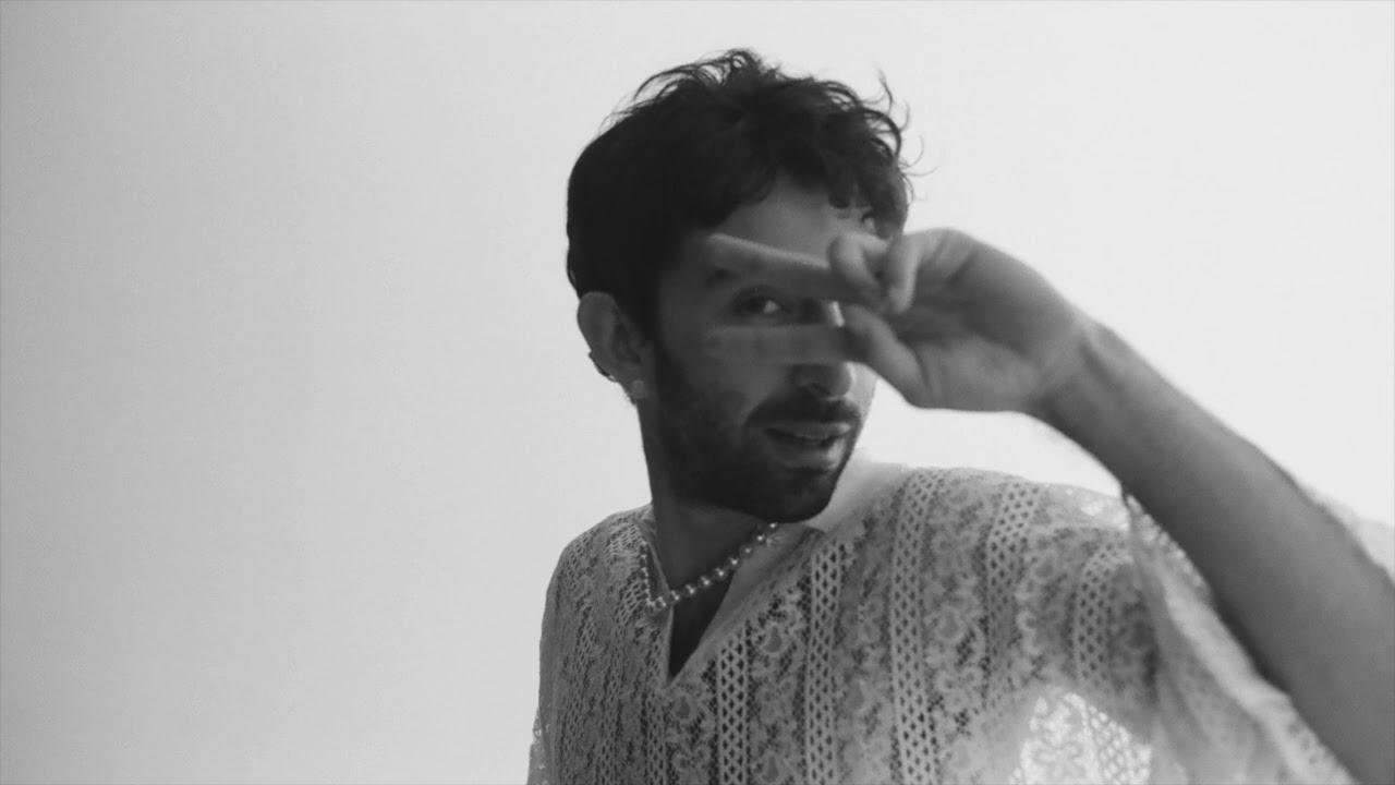 Download ¿Téo? - Assim (feat. Mirella Costa) [Official Audio]