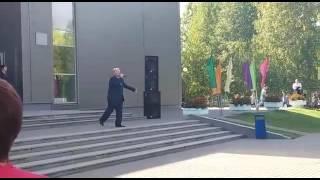 Владимир Мигуцкий-И пусть весь мир подождет(Сергей Лазарев)