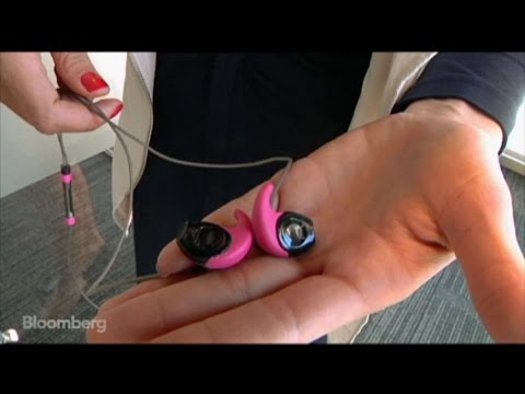 the-$199-earbuds-customized-to-perfectly-fit-your-ears