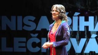 Vědomé vytváření lásky a kontaktu | Denisa Říha Palečková | TEDxPrague