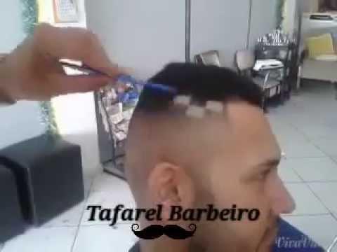 Tafarel Barbeiro -Quadrinhos no cabelo,