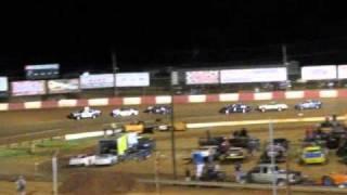 Dixie Speedway Chain Race 9-4-10.wmv