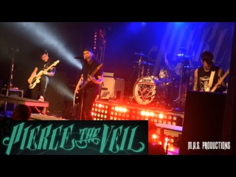 PIERCE THE VEIL (Live At CLUB XS) 3/10/2017