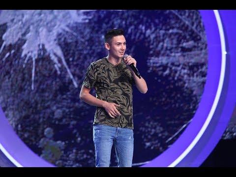Flick are concurență. Costi Pucă, freestyle pe ritm de rap cum nu s-a mai văzut pe scena iUmor