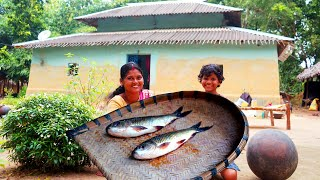 How tribe village people cook RUHI FISH curry purely their village cooking style | village review