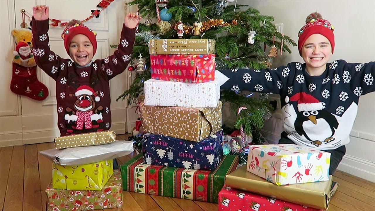 On ouvre les cadeaux de no l de nos abonn s youtube - Vente des cadeaux de noel ...